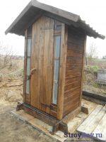 Деревянный туалет для дачи своими руками – Дачный туалет своими руками: 48 чертежей + фото